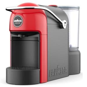 Macchina per caffè in capsule rossa e nera Lavazza A Modo Mio Espresso Jolie su sfondo bianco